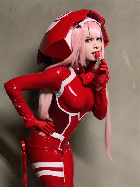 """Zach Scuderi on Twitter: """"Zero Two cosplay 😈🍭 Will also be"""