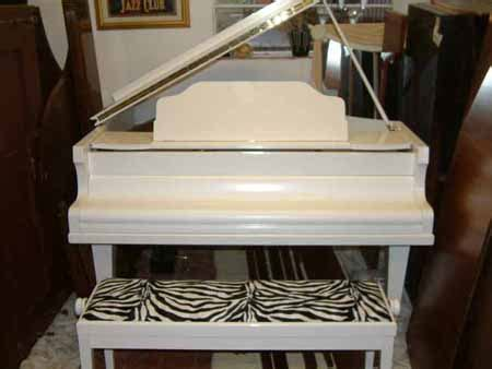 White Pianos for sale or rental used, second hand, upright