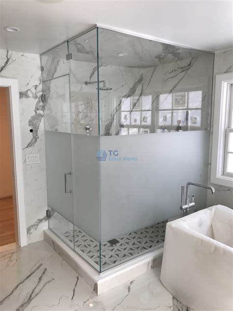Half-frosted Shower Enclosure with Steam Ventilation Panel